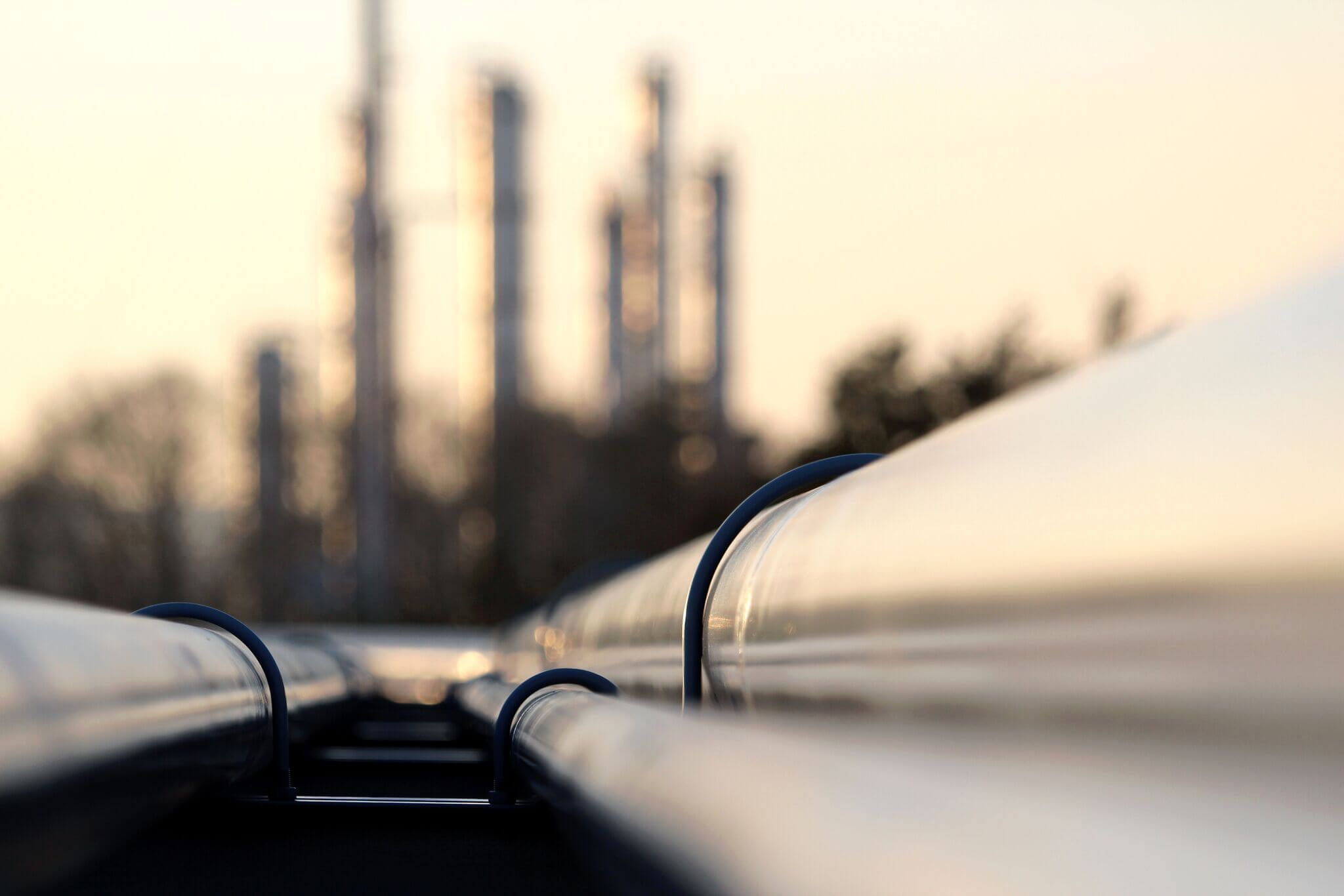 Managing risk to ensure safe working in a refinery environment